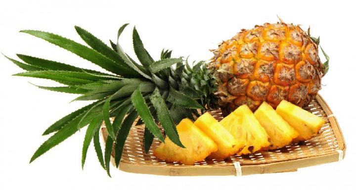 اناناس (Ananas)