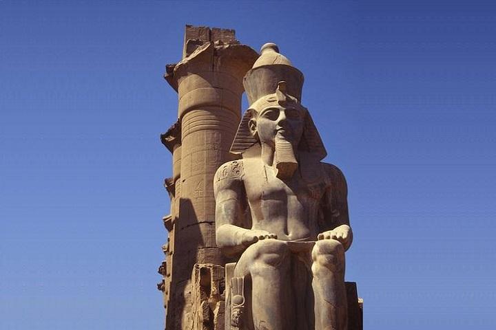 په لرغونی مصر کی د فرعونی نظام سیاسی افکارو ته یوه لنډه کتنه
