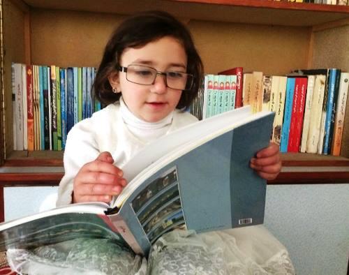 څنګه مو اولادونه له کتاب لوستلوسره عادت کړو؟